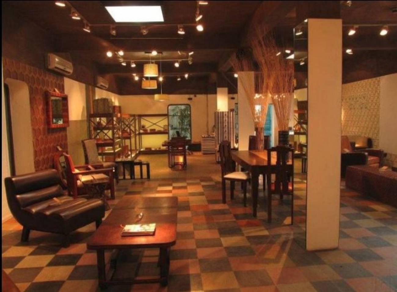 PortsideCafe Furniture Studio .